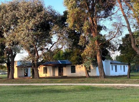 Casa 2 dorm/ capacidad 7 pers Barrio Cerrado Luján