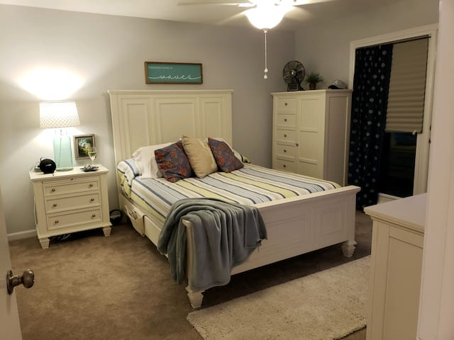 Master bedroom with sleep number bed