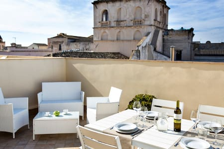 Suite with terrace in city center - Trapani