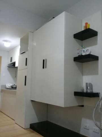 Fully furnished studio@ Trees Residence with wifi