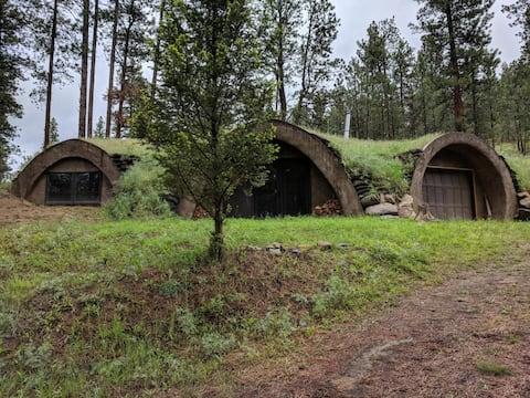 Creekside Hideaway