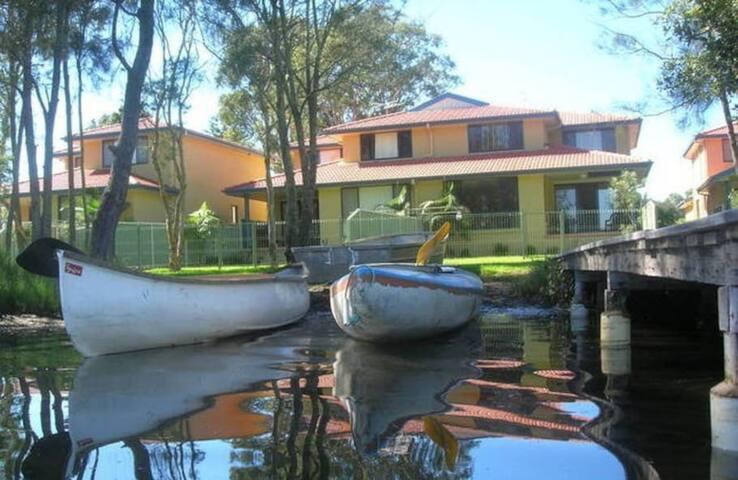 Bay Shores Waterfront Lake Macquarie #5