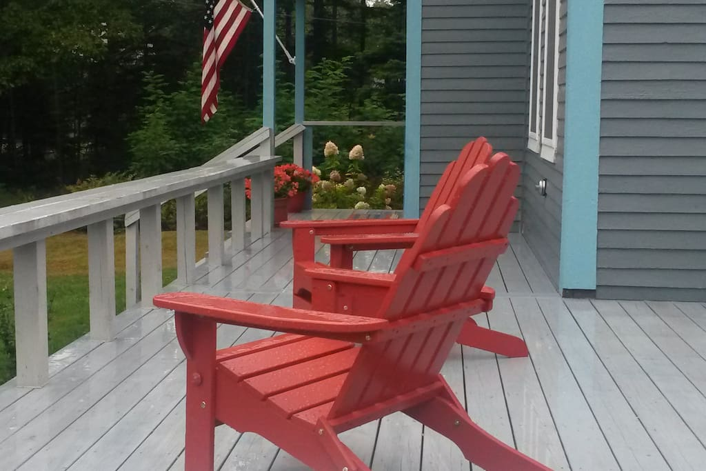 Relax on the front deck.