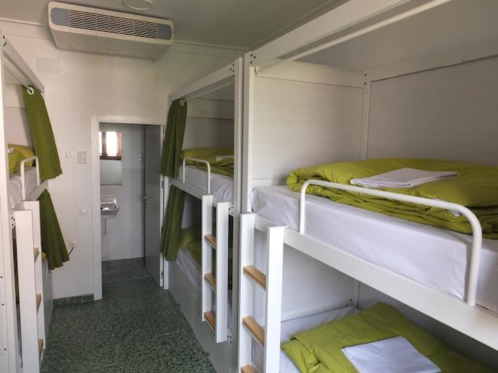 Habitacion 3 Precio por persona/cama individual
