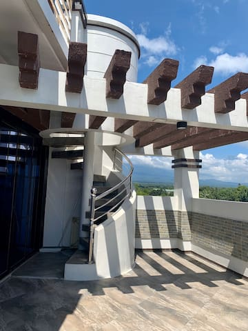 Cozy place overlooking Mount Banahaw