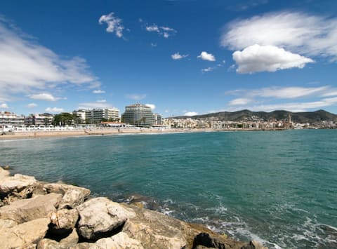 Apartamento Almirante 41, agradable apartamento ubicado en el centro de Sitges- Pet Friendly by GLOBALSITGES