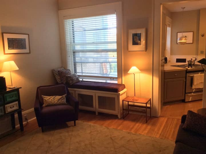 2 BR Condo near lakes Uptown East Isles Lowry Hill