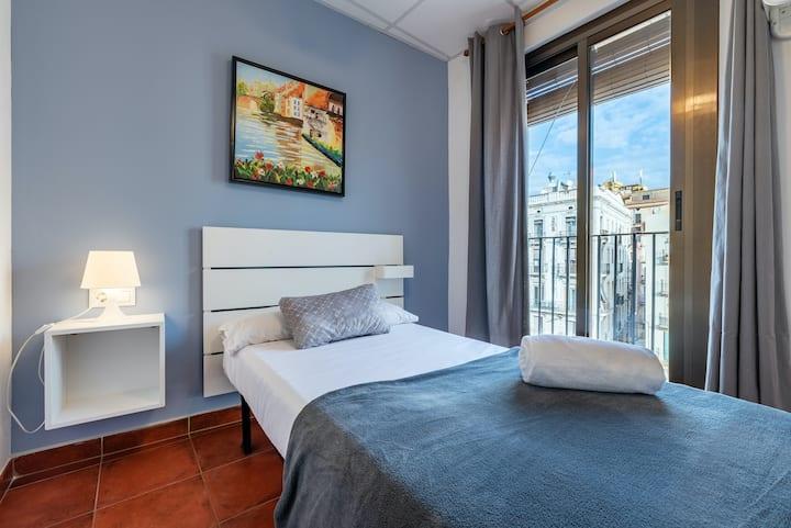 Forum Tarragona Central Single Room with Balcony
