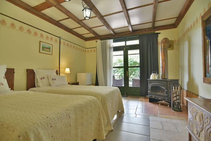 AGROTOURISM-EPSILON RESORT. Room 4