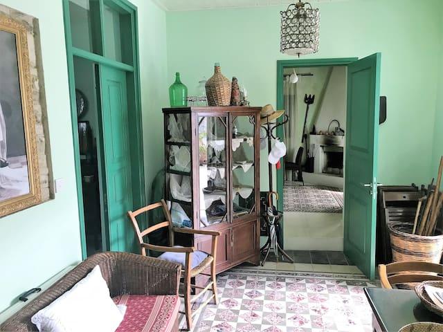 Renovated historic 1865 stone house in Kato Drys