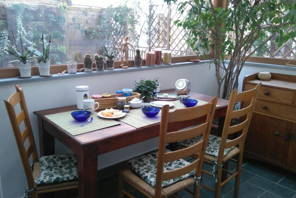 Enjoy having breakfast in the Veranda