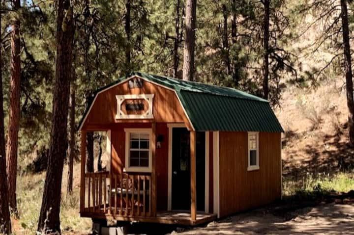 Destiny Cabin-Comfy Camping Getaway! Heated