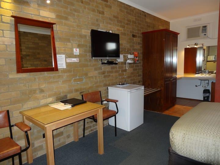motel style unit