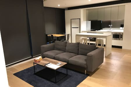 Modern Three Bedroom Apartment in city