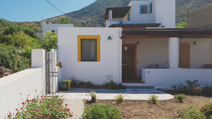 Casa Gaviti - a plunge into silence and Nature