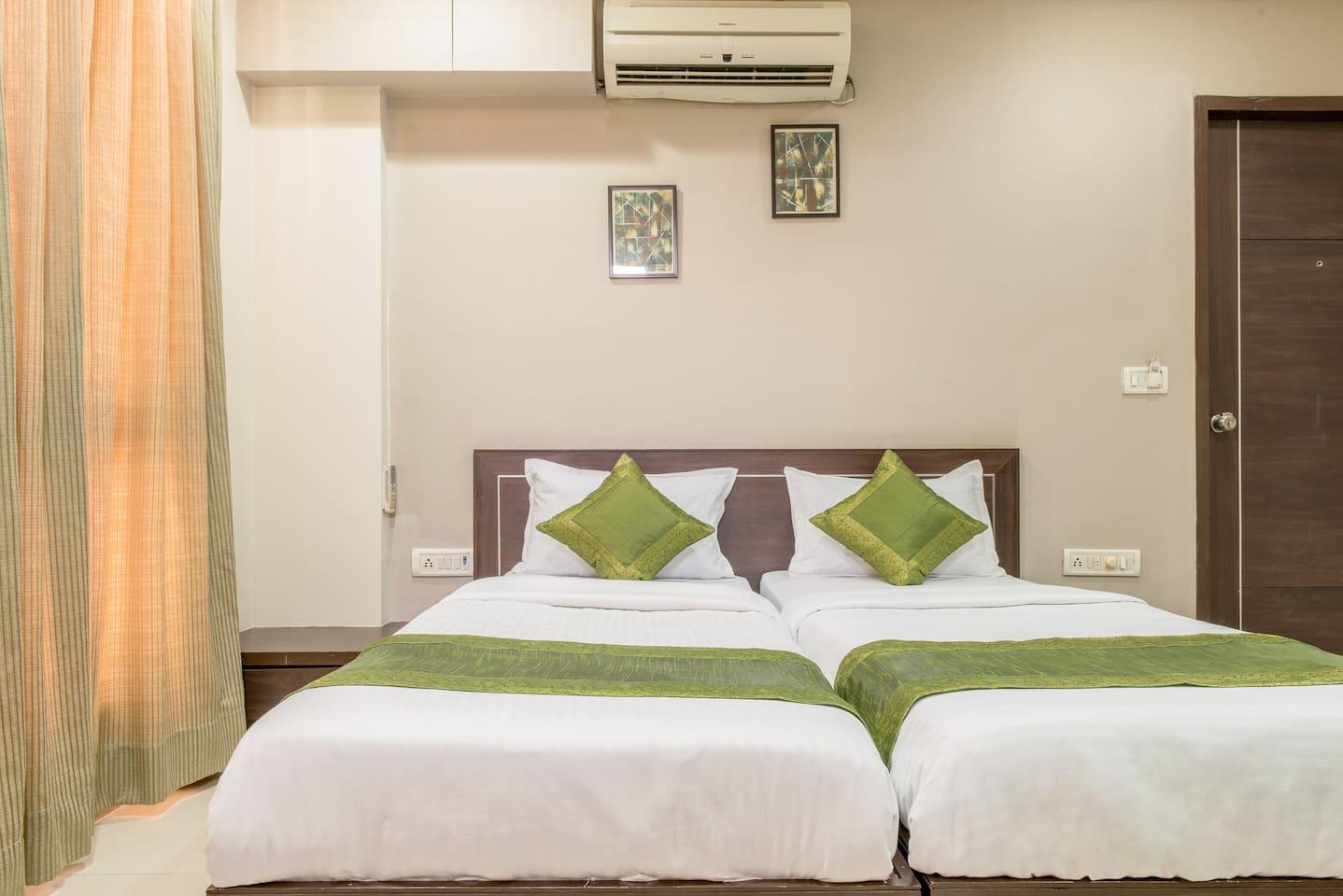 Studio Apartment Ahmedabad Tcs boutique stay @ ramdevnagar, ahmedabad - boutique hotels for rent