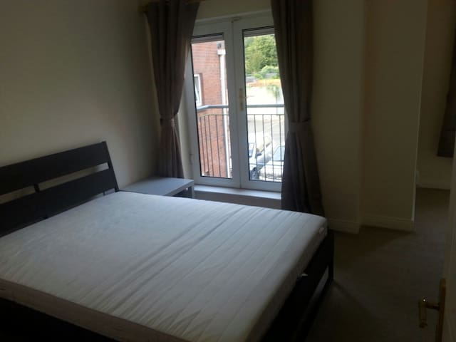 Luxurious Double room(Duplex apt) - Blanchardstown - Квартира