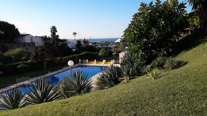 2 double beds apartment with pool. 45sqm,ground fl - Mijas