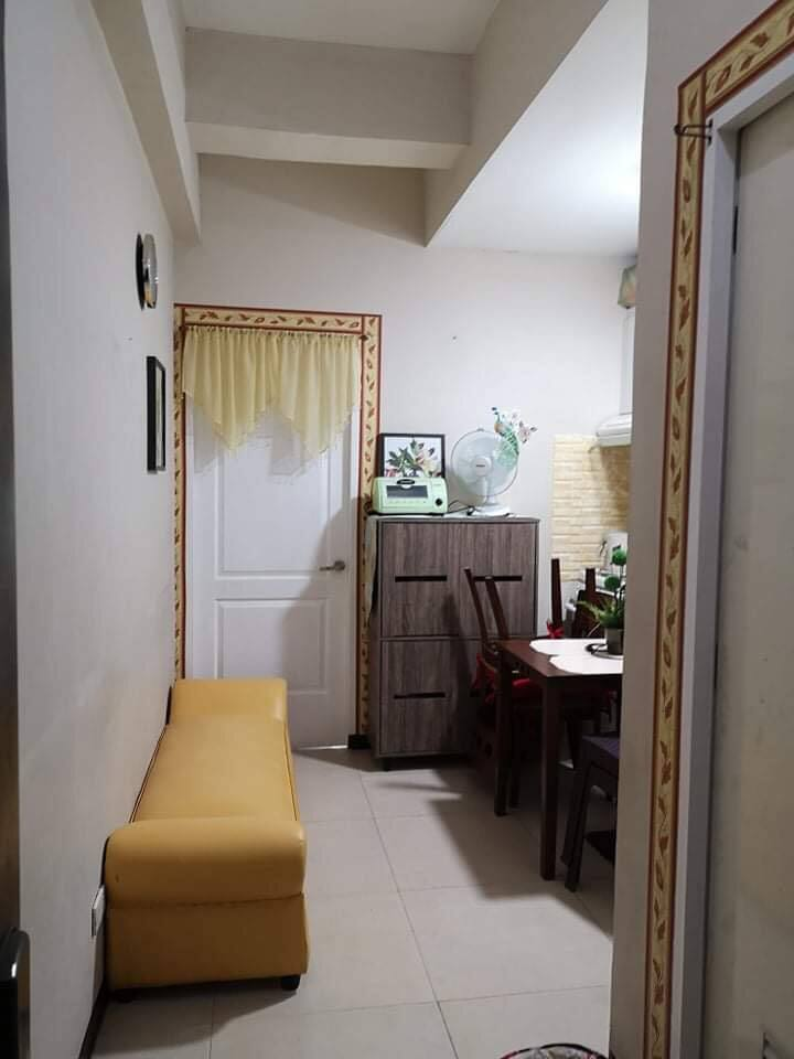 1 Bedroom Condo for Long Term Rental.