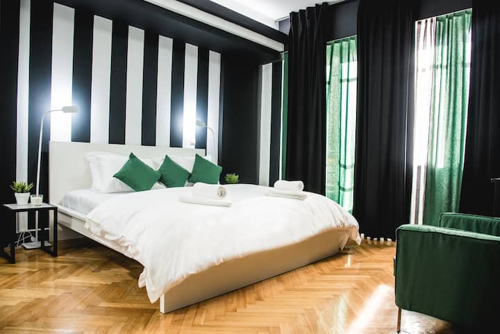 Home + Harmonia Suite * Ermou str*
