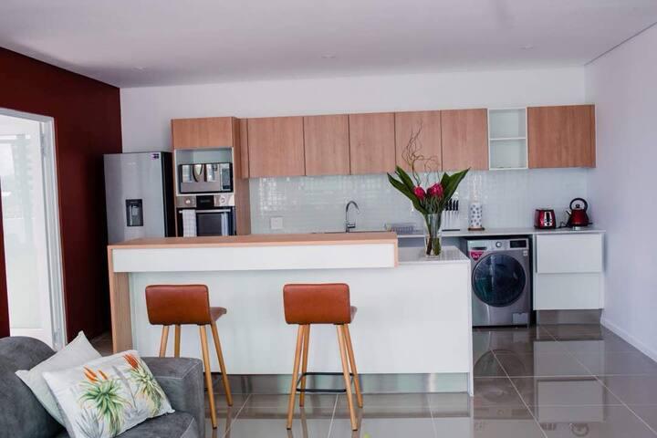 Modern 2 Bedroom Apartment in Windhoek CBD