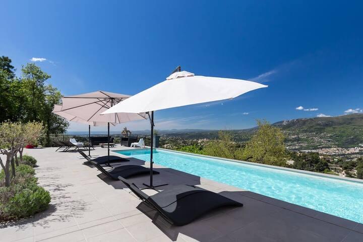 Villa contemporaine sur les hauteur de Nice - Aspremont - Hus
