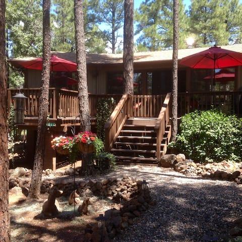 Make Memories at Pinecone Cottage!