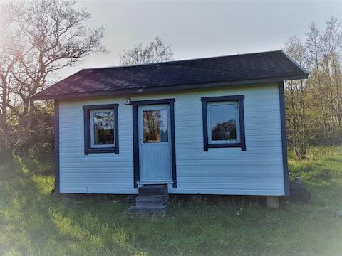 Casa pequena no meio do arquipélago