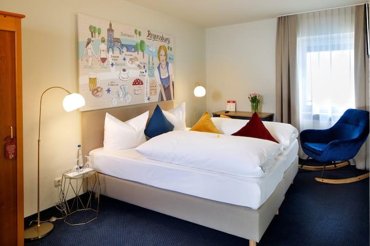 modernes Doppelzimmer in der Altadt von Regensburg