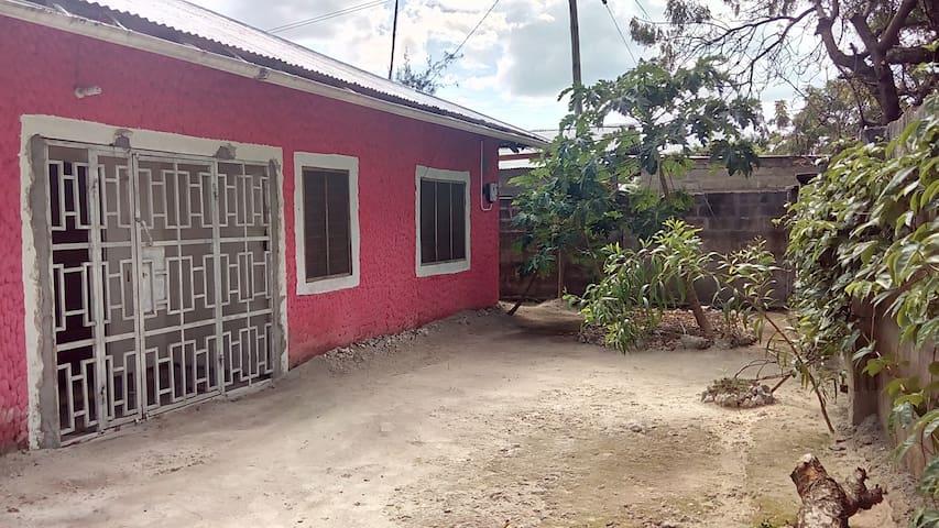 Kitua House