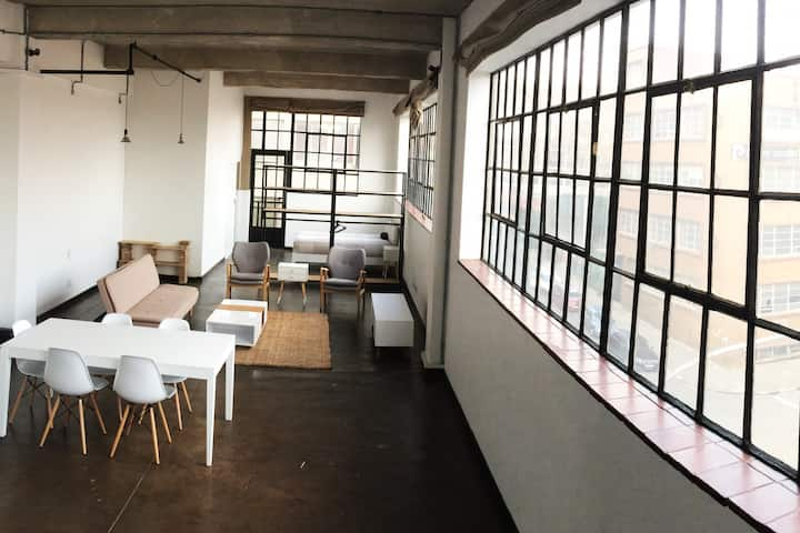 Sprawling airy loft in the heart of hip Maboneng