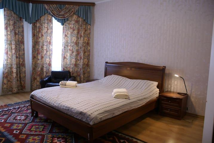 Уютная квартира в тихом районе города - Vyborg - Apartemen