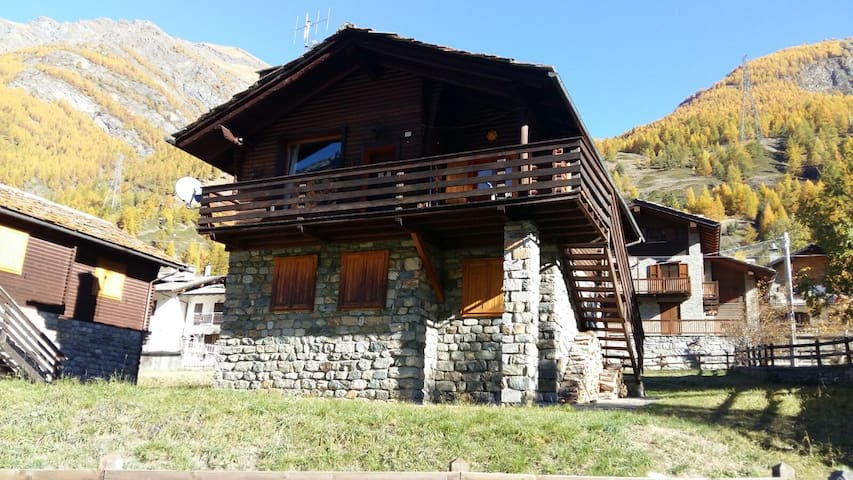 Appartamento a Epinel, frazione di Cogne (AO) - Epinel