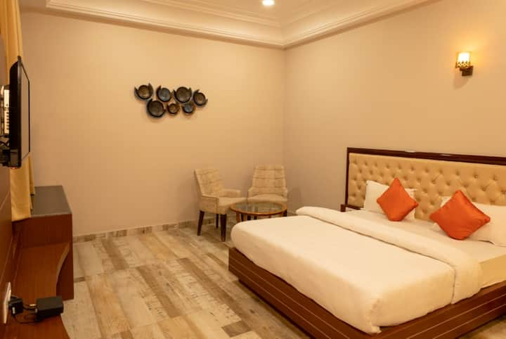 Riddhi Siddhi Resorts(Deluxe Room)