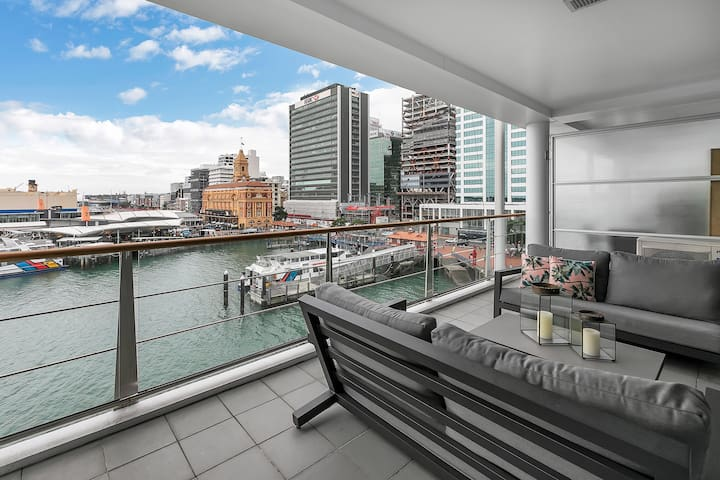 ★Deluxe Sea & Harbour Views - Princes Wharf Gem★