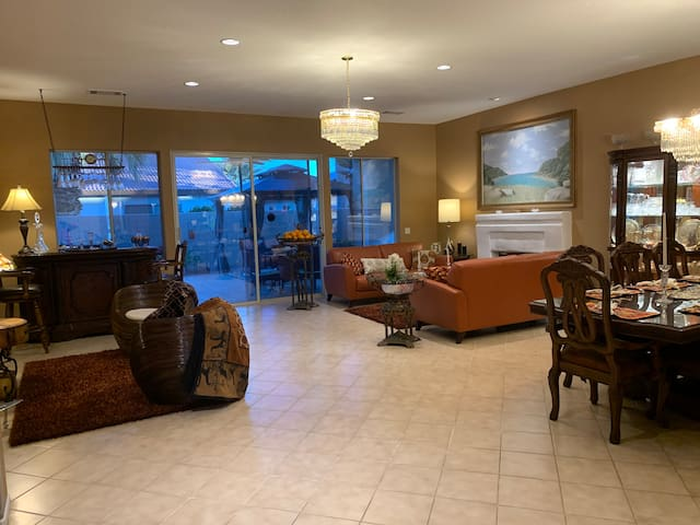 Enjoy the Desert Lifestyle in Palm Desert. Room A