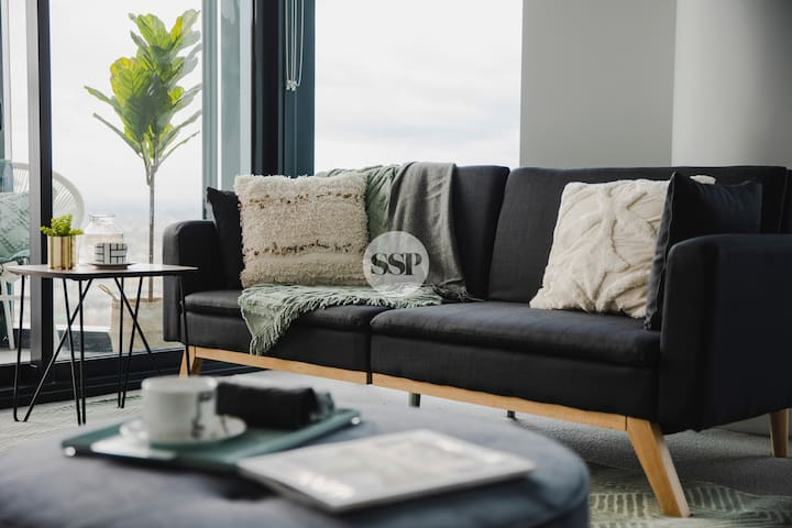 Green with Envy SC 1B Chic Apartment + FREE WIFI