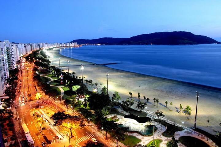 Mini Suíte Canal 3, 160m da praia, chave e wi-fi!