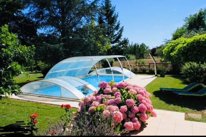 Maison 140m2 grand jardin avec piscine