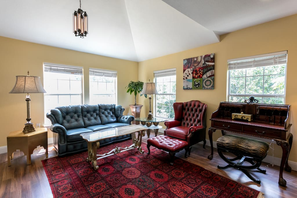 Spacious living area with an unforgettable, high-end design
