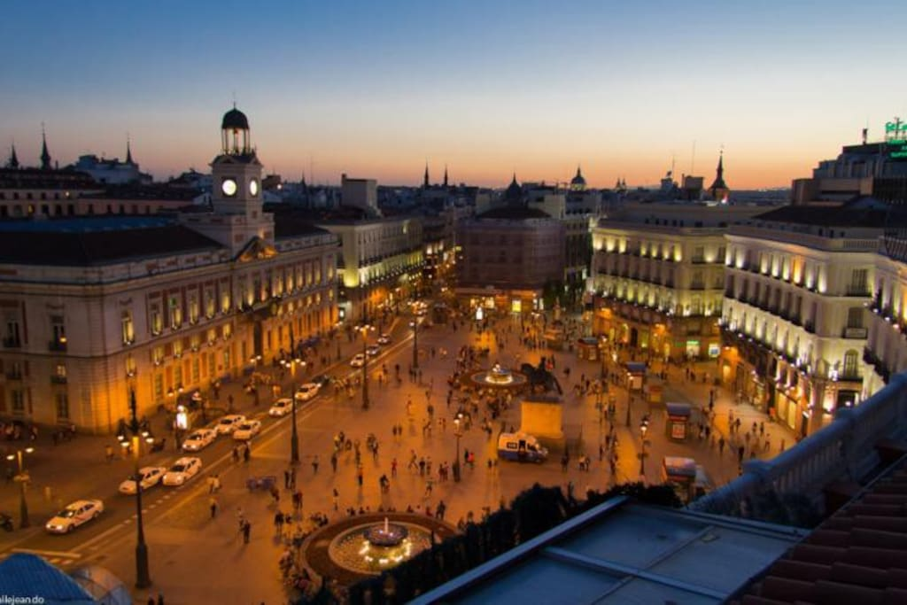Private Room In Puerta Del Sol Flats For Rent In