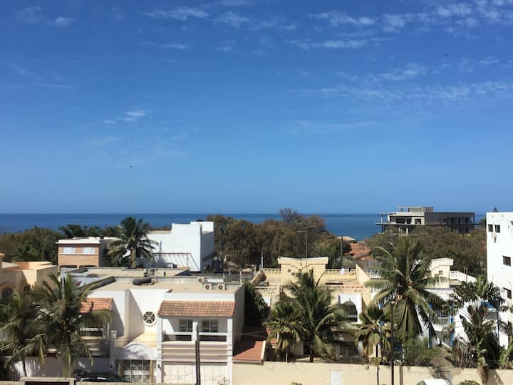 Appartement F3 aux Almadies *VUE*/piscine/parking