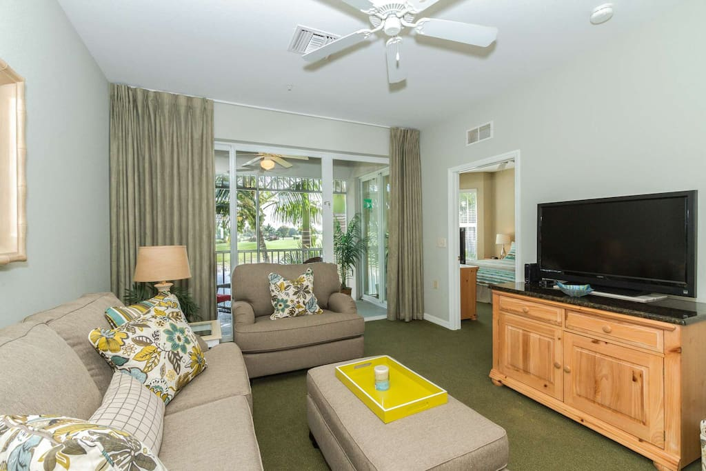 Relax in the confines of this well decorated condo w/new living room furniture & spectacular views from inside the unit.