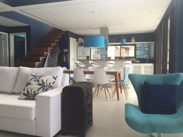 Casa Condomínio em Juqhehy - Praia de Juqueí - Casa