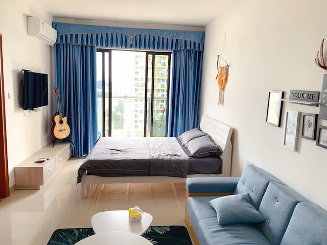 [朴宿.蓝色之恋]简约幽静小清新大床房