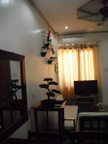 Apartment@Pareja near Bus Station and Mall