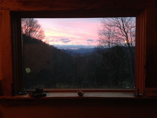 Gorgeous house in paradise - Weaverville - House