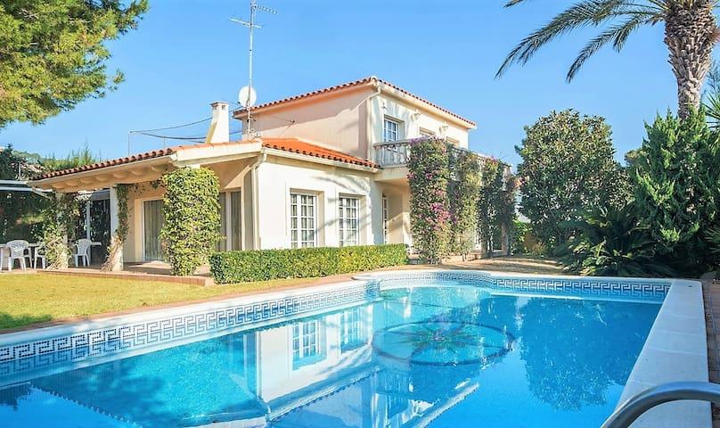 R25 Preciosa villa con piscina privada  Comarruga - El Vendrell - Villa