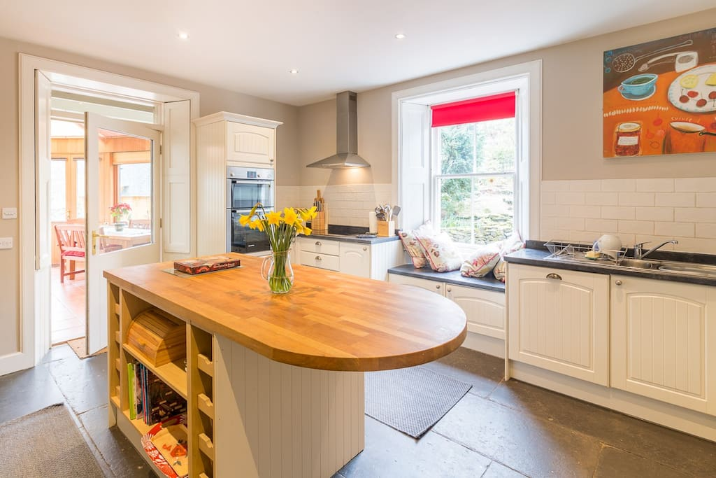 Kitchen with access to the garden room