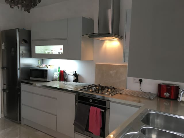 Recently fitted fully equipped kitchen